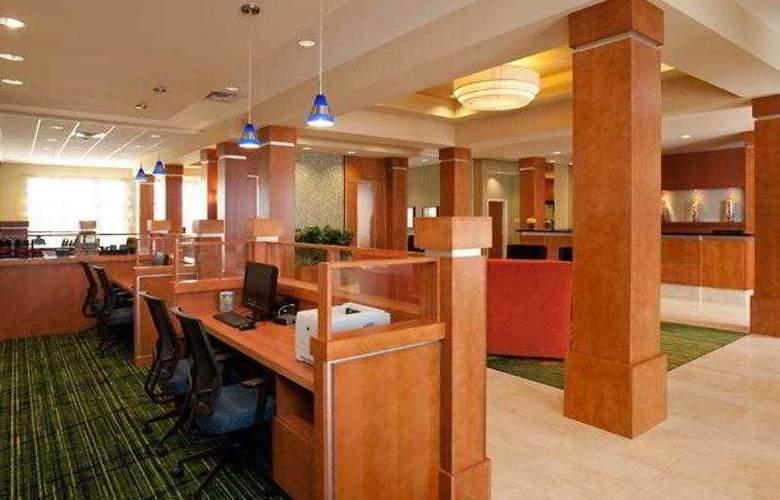 Fairfield Inn & Suites Winnipeg - Hotel - 3