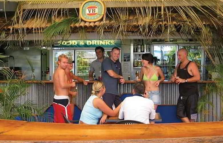 Cairns Beach House - Bar - 4