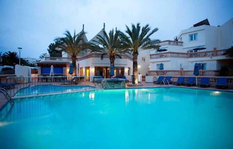 Azul Playa - Pool - 2