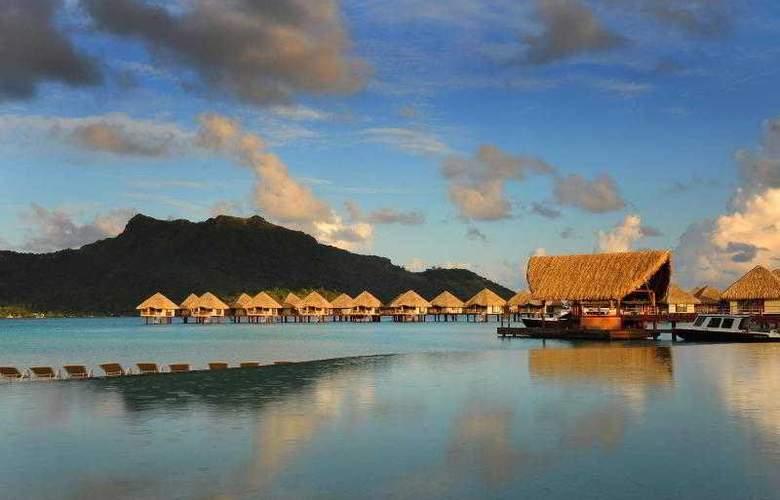 Le Meridien Bora Bora - Pool - 72