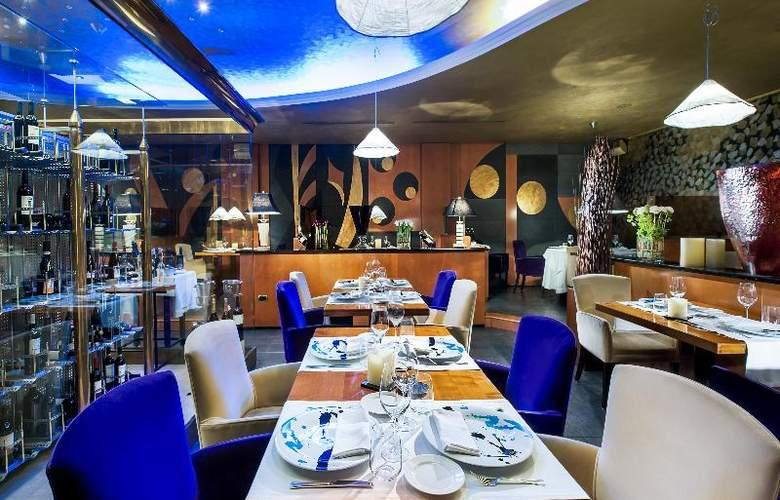 Royal Hotel Carlton - Restaurant - 20