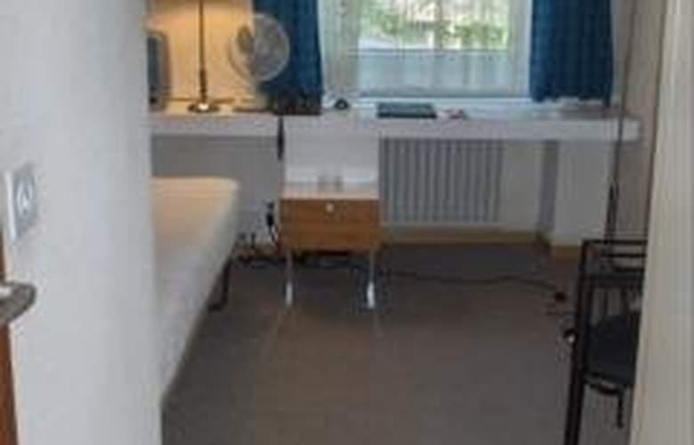 Basilisk - Room - 6