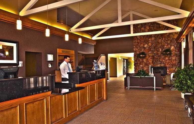 Best Western Town & Country Inn - Hotel - 10