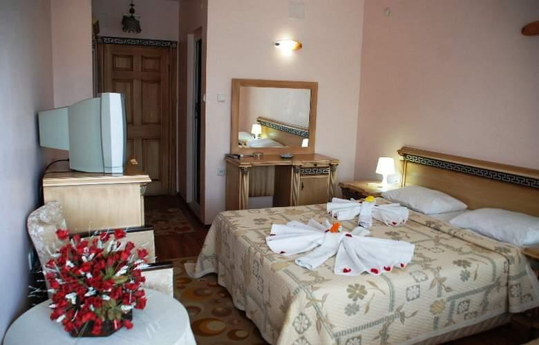 Calamie Hotel - Room - 2