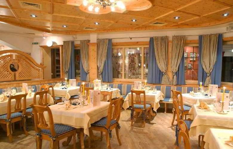 Alpenhotel Saalbach Hotel - Restaurant - 9