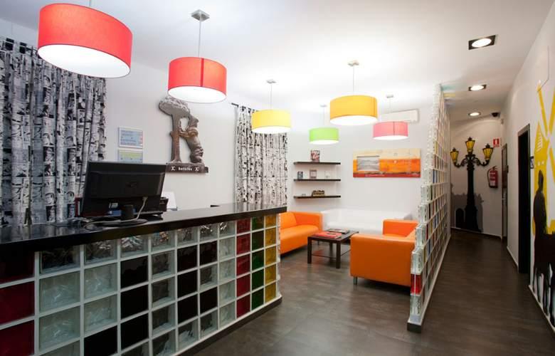 JC Rooms Santa Ana - General - 0
