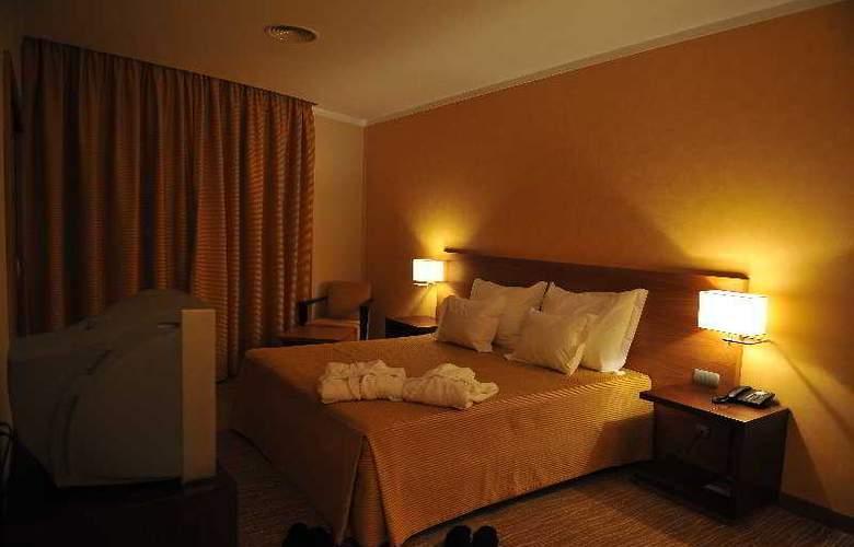 Lusitânia - Room - 1