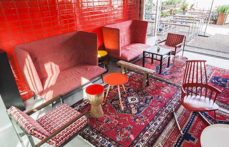 Hotel De Hallen - Bar - 16
