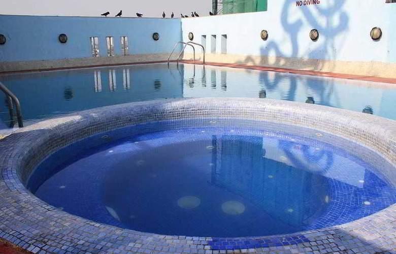 Ramee Guestline- Dadar - Pool - 11