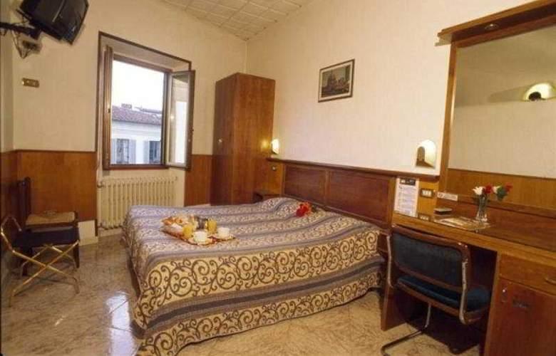 Lorena - Room - 2