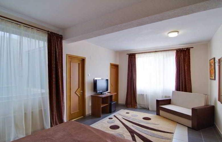 Tranzzit Hotel - Room - 8