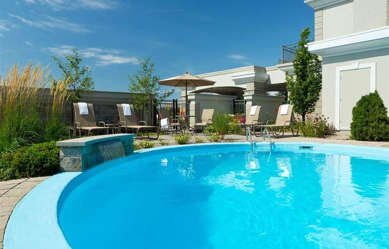 Best Western Hotel Aristocrate Quebec - Pool - 64