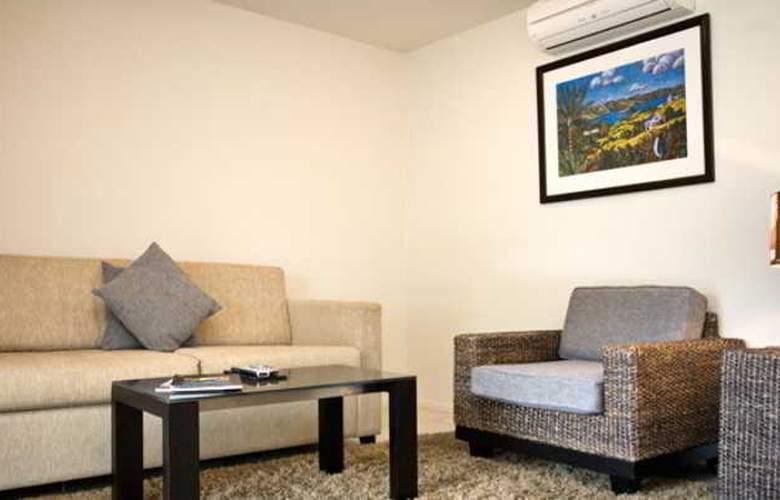 Sea Spray Suites - Room - 23