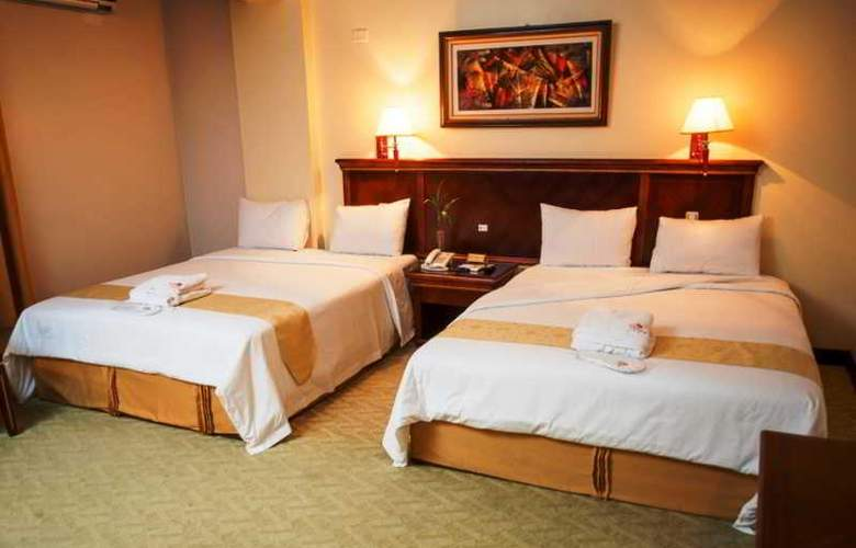 Kingdom Hotel - Room - 2