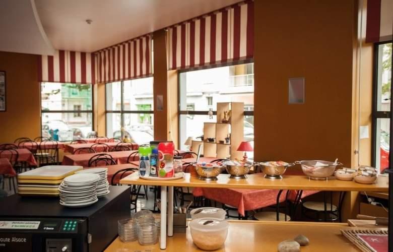 Interhotel Salvator - Restaurant - 4