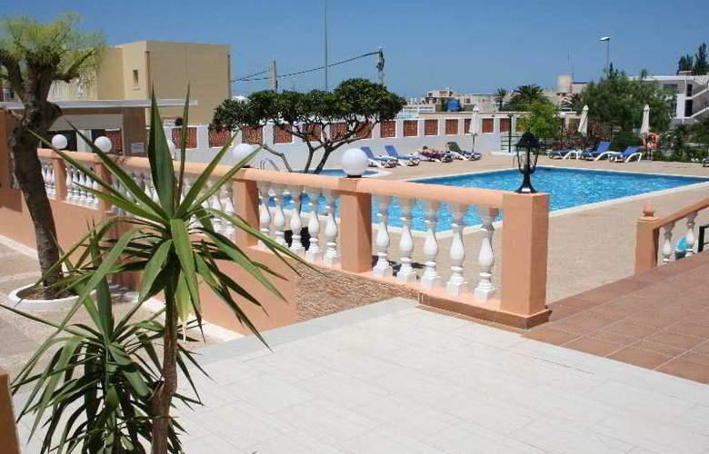 Estudios Tropicana - Pool - 6