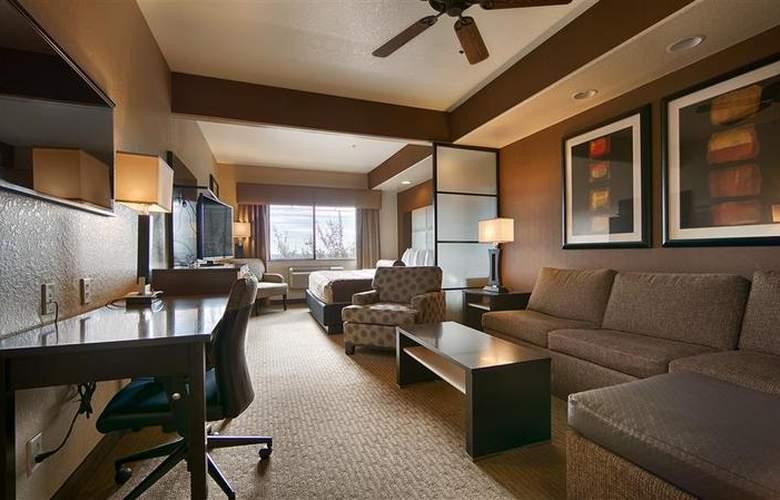 Best Western Plus Atrea Hotel & Suites - Room - 52