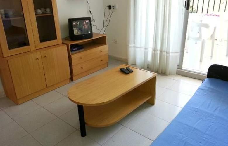 Font Nova 3000 - Room - 5