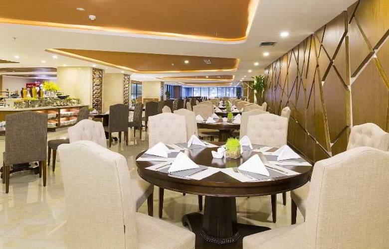 Muong Thanh Nha Trang Centre Hotel - Restaurant - 89
