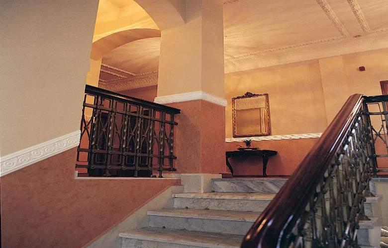 Minerva Premier - Hotel - 10
