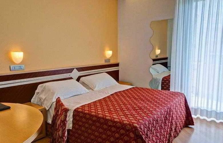 Best Western Europa - Hotel - 10