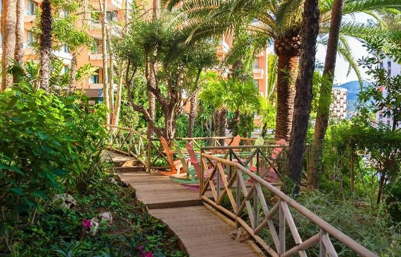 Apartamentos Globales Nova - Hotel - 12