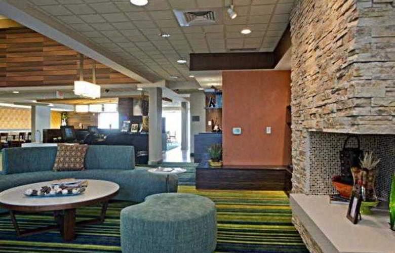 Fairfield Inn & Suites Valdosta - Hotel - 11