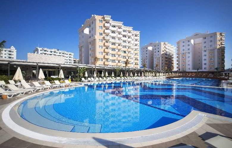 Ramada Resort Lara - Hotel - 8