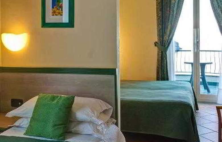 Best Western La Conchiglia - Room - 4