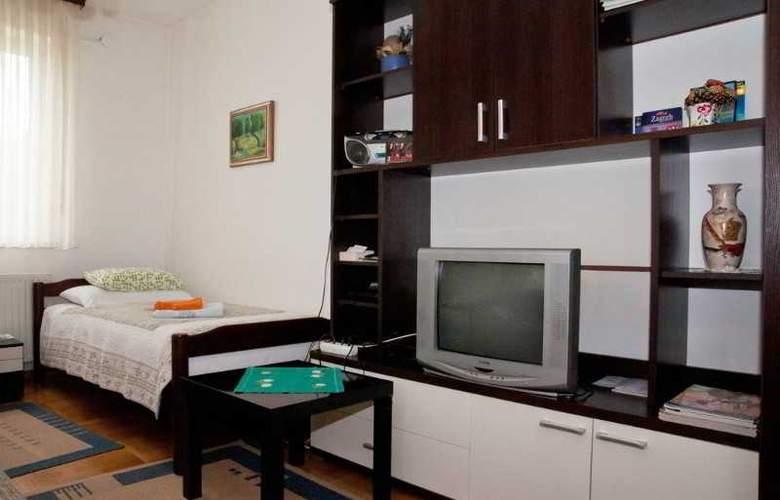 Apartman Urbana Villa - Room - 6