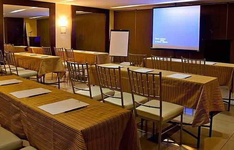 El Cielito Makati - Conference - 3