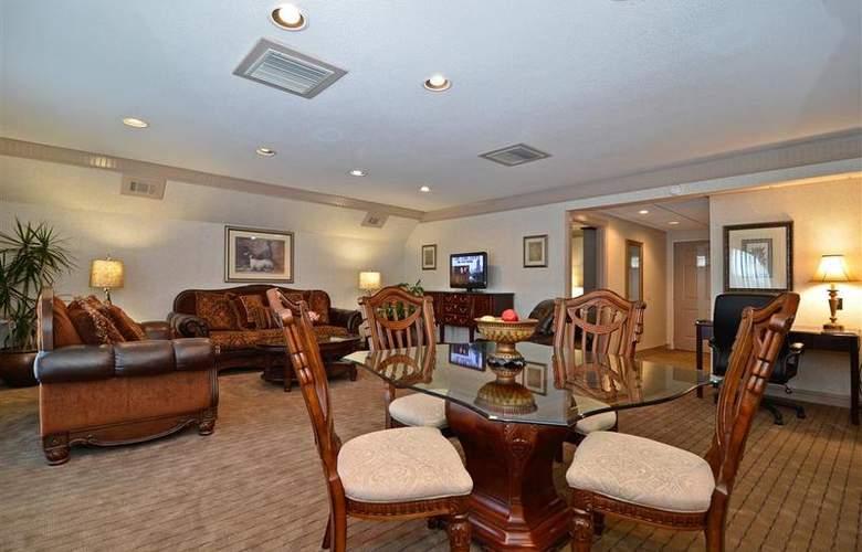 Best Western Plus Concordville Hotel - Room - 96