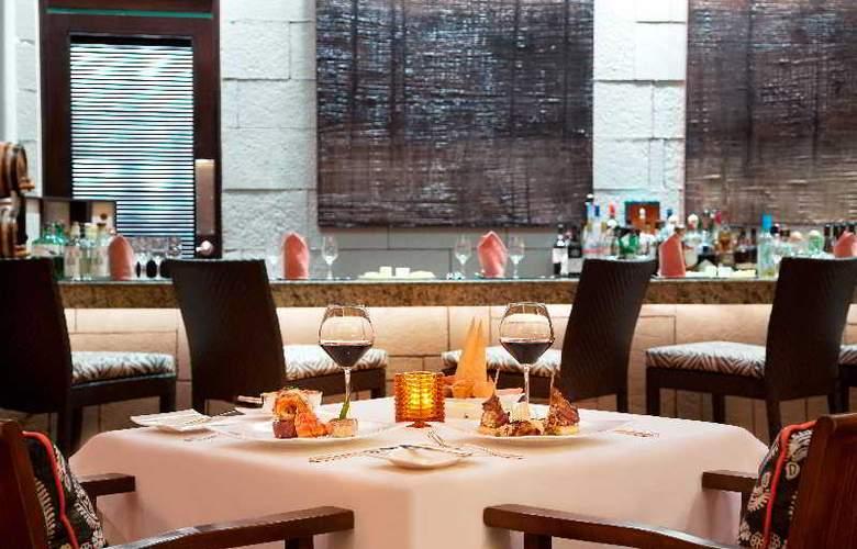 Fairmont Mayakoba - Restaurant - 39