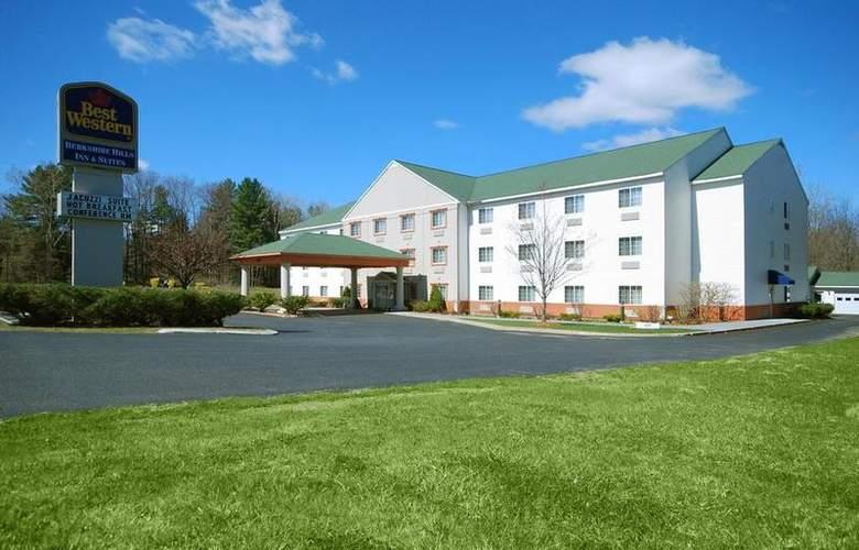 Berkshire Hills Inn & Suites - Hotel - 61