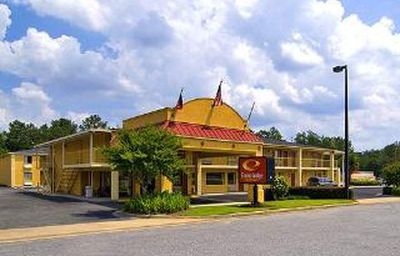 Econo Lodge Inn & Suites at Ft. Benning - Hotel - 0