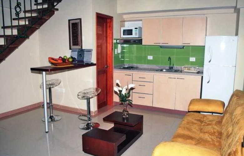 Lee - Room - 1
