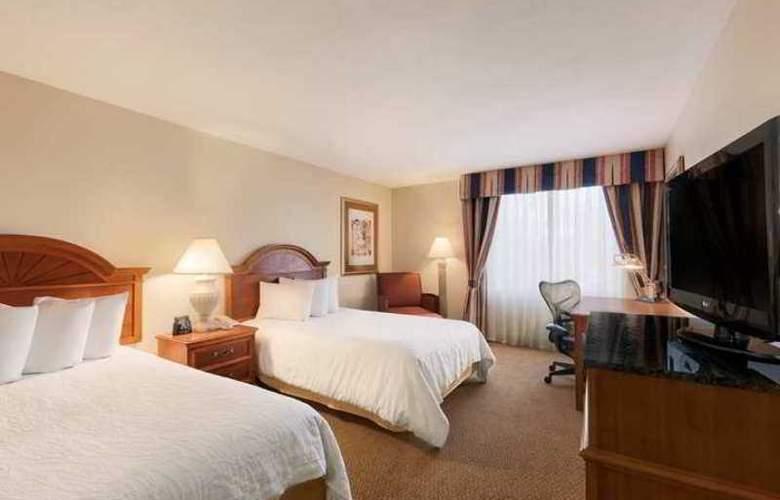 Hilton Garden Inn Syracuse - Hotel - 4