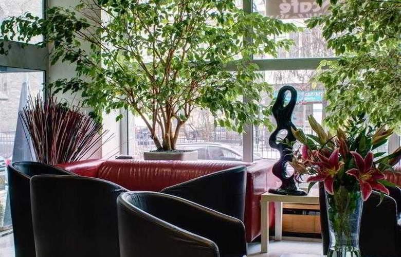 Luxury Family Hotel Bílá Labut - Hotel - 15