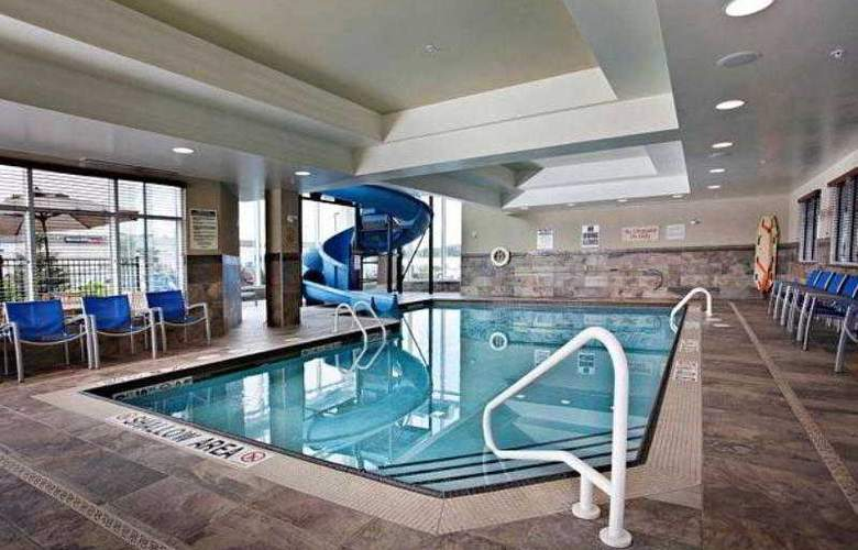 TownePlace Suites Sudbury - Hotel - 1
