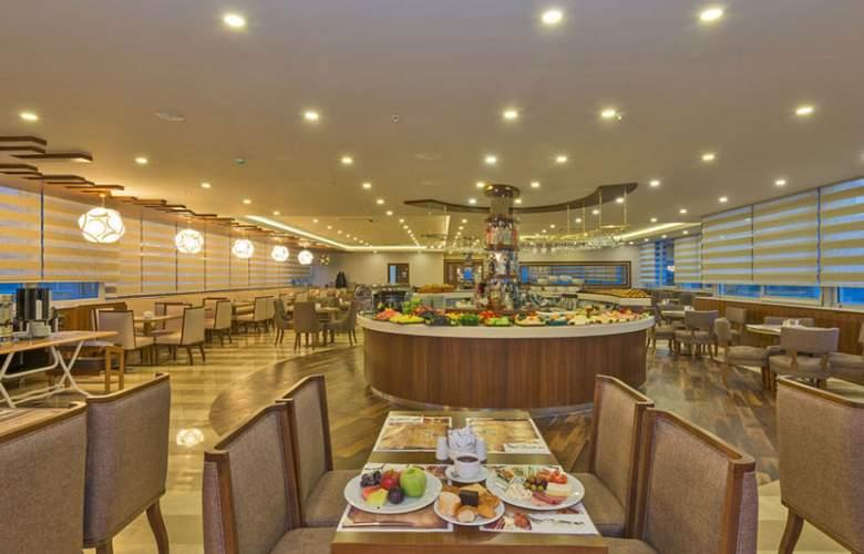 Bekdas Hotel Deluxe - Restaurant - 92