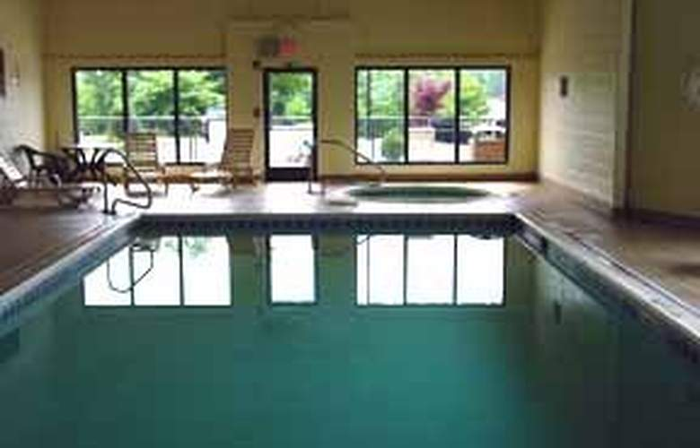 Comfort Suites Southpark - Pool - 5