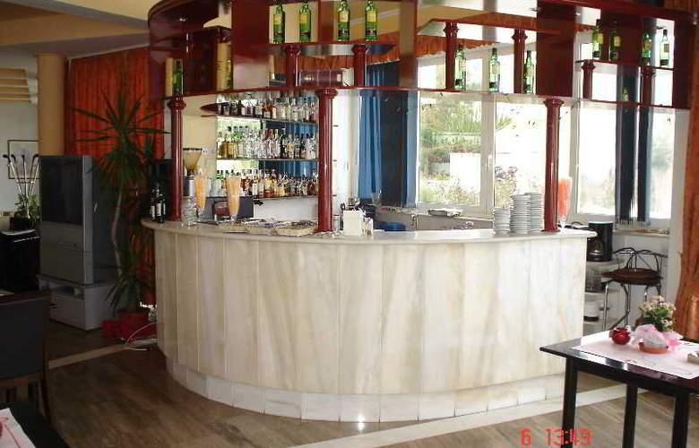 Lasia Hotel - Bar - 10
