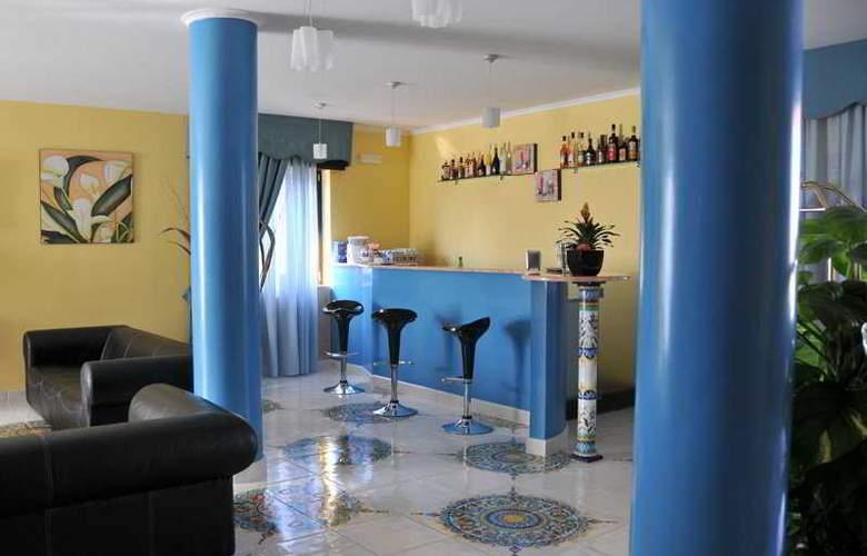 Costa Hotel - Bar - 7