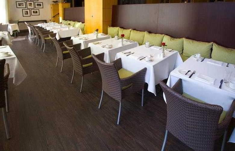 InterContinental Toronto Yorkville - Restaurant - 6