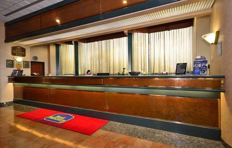 Best Western Plus Suites Hotel - General - 33