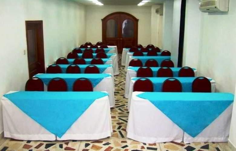 Costa Linda - Conference - 2