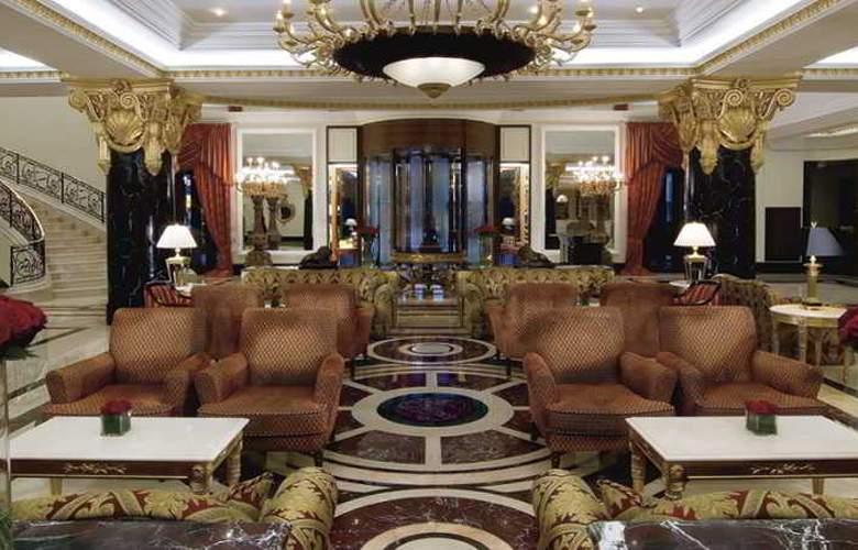 Ritz Carlton - Hotel - 10