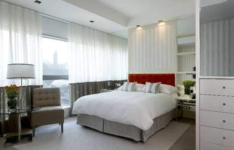 Lanson Place - Room - 9