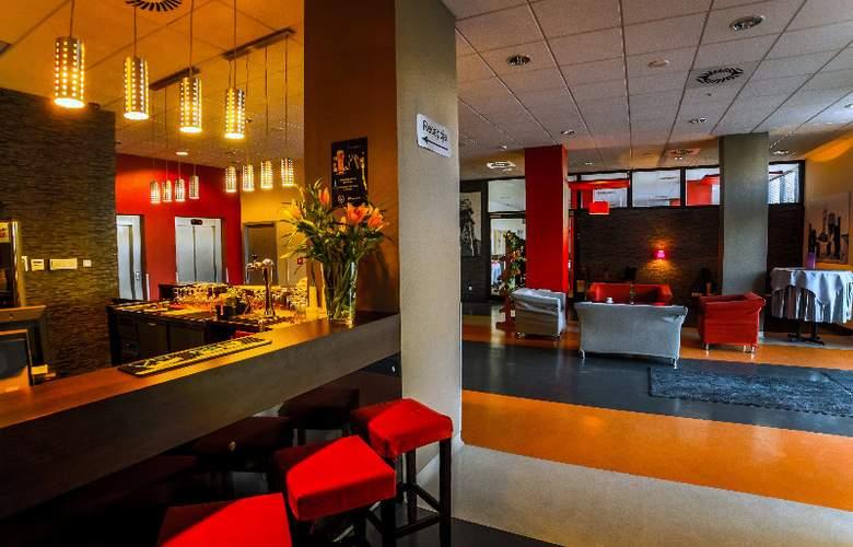 Economy Silesian Hotel - Bar - 12