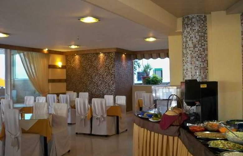 Palladion - Restaurant - 11